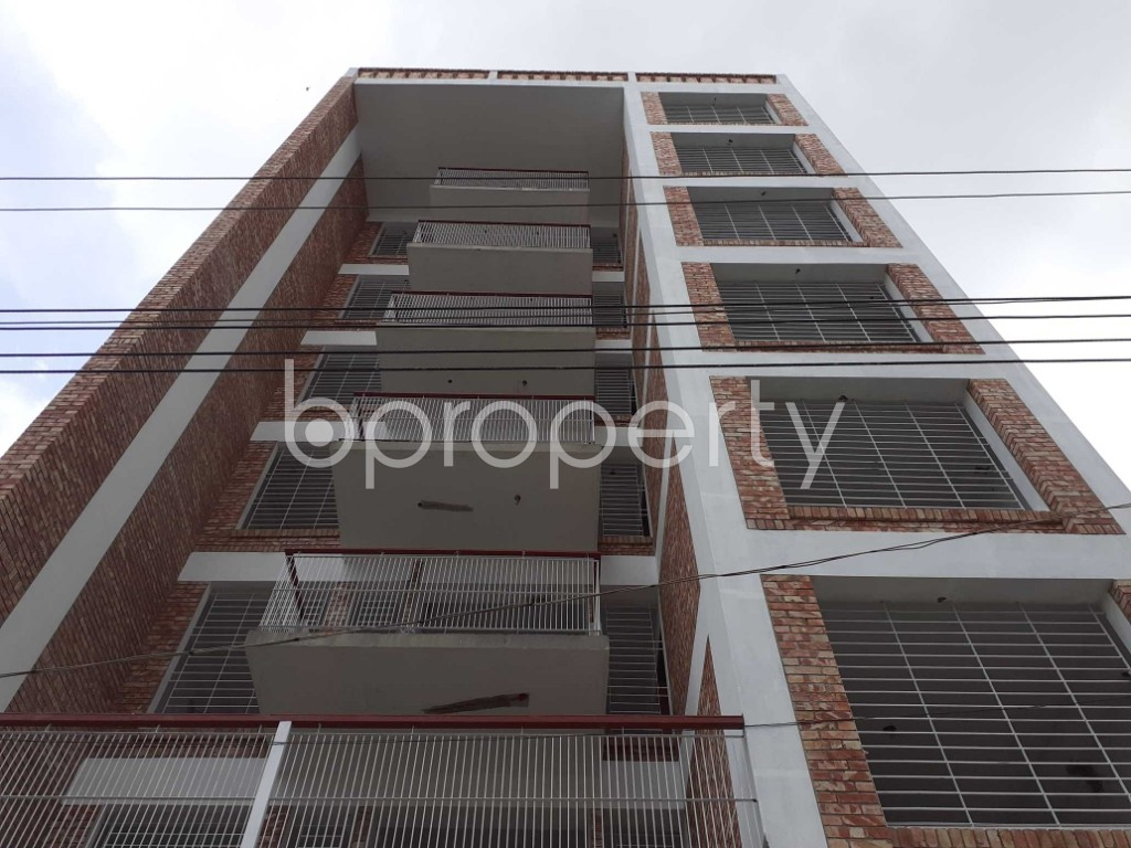 Front view - 3 Bed Apartment for Sale in Bashundhara R-A, Dhaka - 1920490
