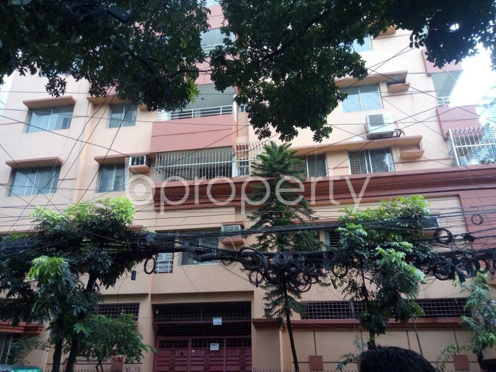Front view - 3 Bed Apartment to Rent in Banani, Dhaka - 1920602