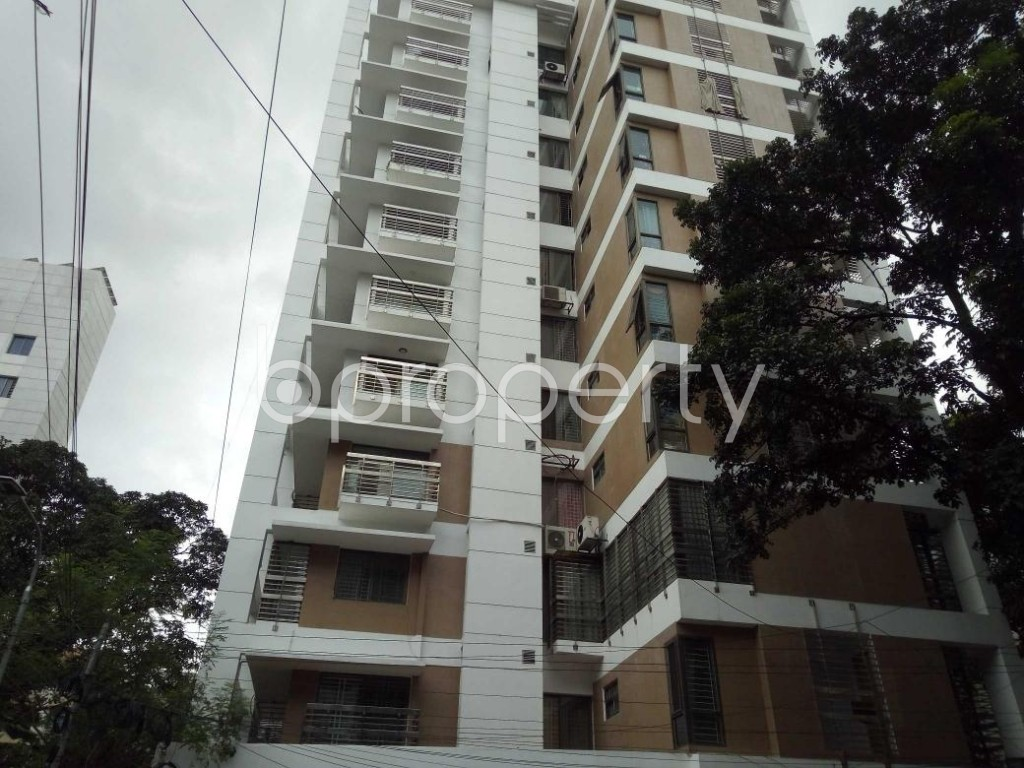 Front view - 4 Bed Apartment to Rent in Banani, Dhaka - 1920603