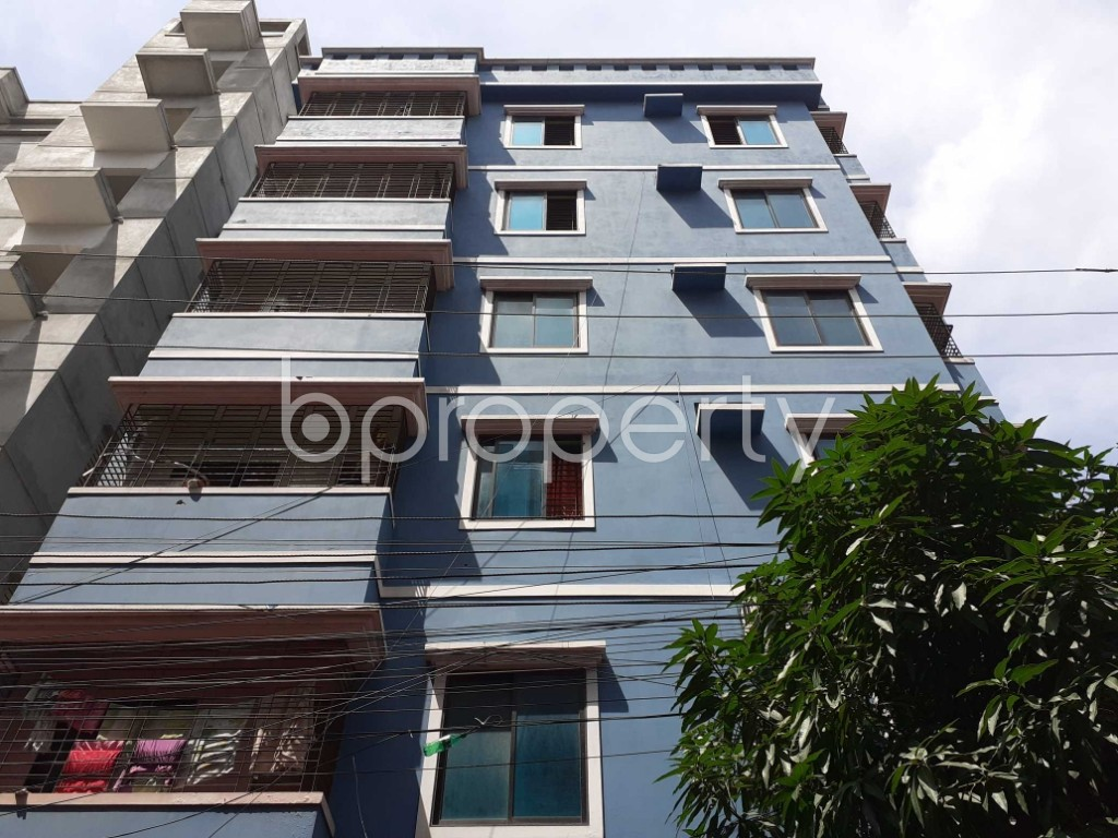 Front view - 3 Bed Apartment to Rent in Bashundhara R-A, Dhaka - 1920964