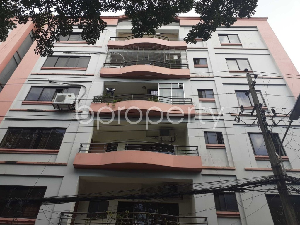 Front view - 3 Bed Apartment to Rent in Gulshan, Dhaka - 1920974