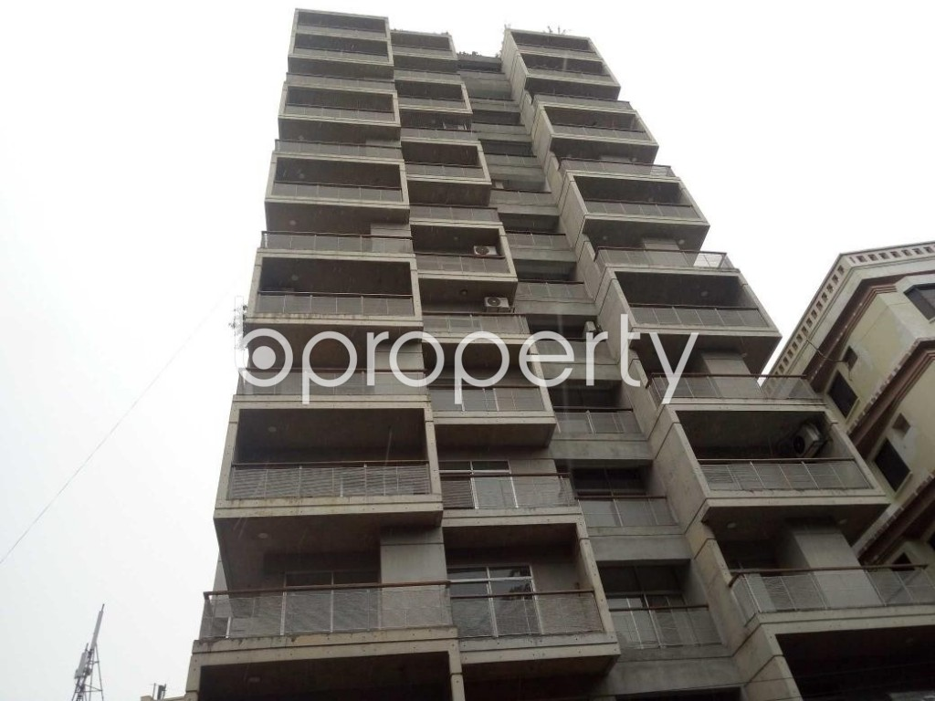 Front view - 3 Bed Apartment for Sale in Banani, Dhaka - 1921711