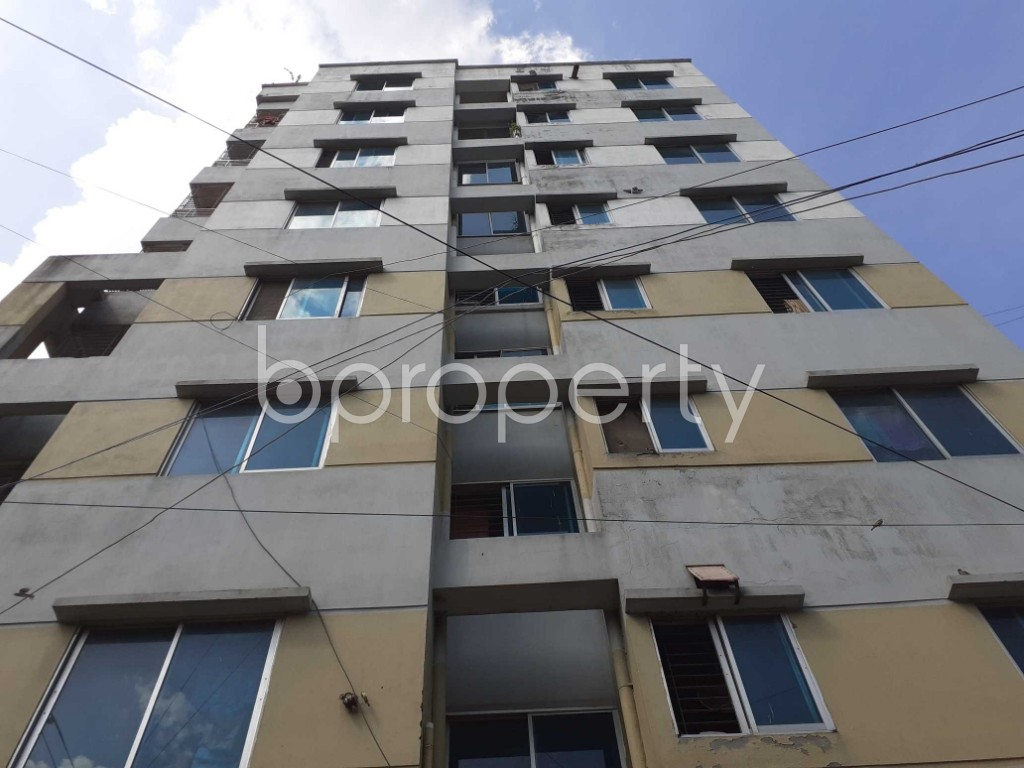 Front view - 3 Bed Apartment for Sale in Banasree, Dhaka - 1922316