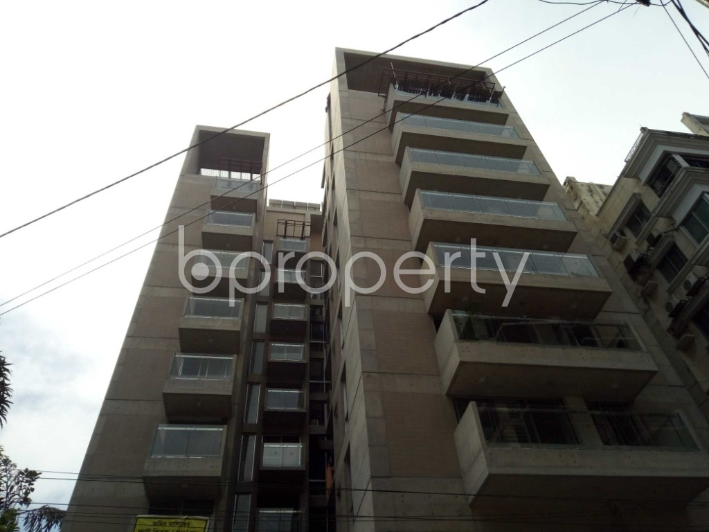 Outside view - 3 Bed Apartment for Sale in Banani, Dhaka - 1922799