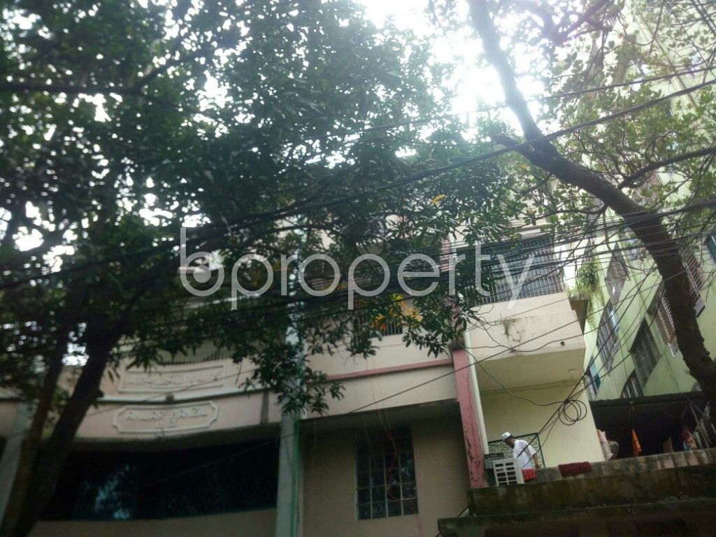 Outside view - 3 Bed Apartment to Rent in 16 No. Chawk Bazaar Ward, Chattogram - 1923061