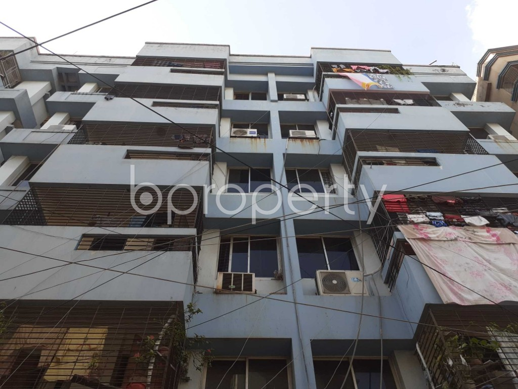 Front view - 3 Bed Apartment for Sale in Dhanmondi, Dhaka - 1923426