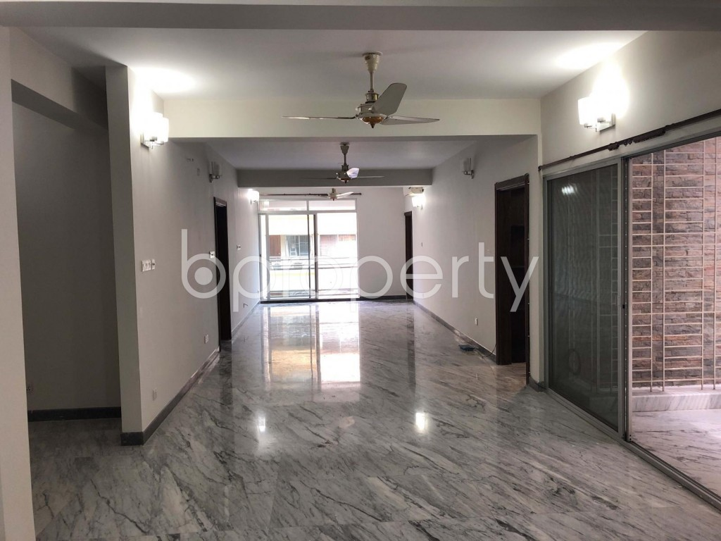 Empty Room - 4 Bed Apartment to Rent in Gulshan, Dhaka - 1919540