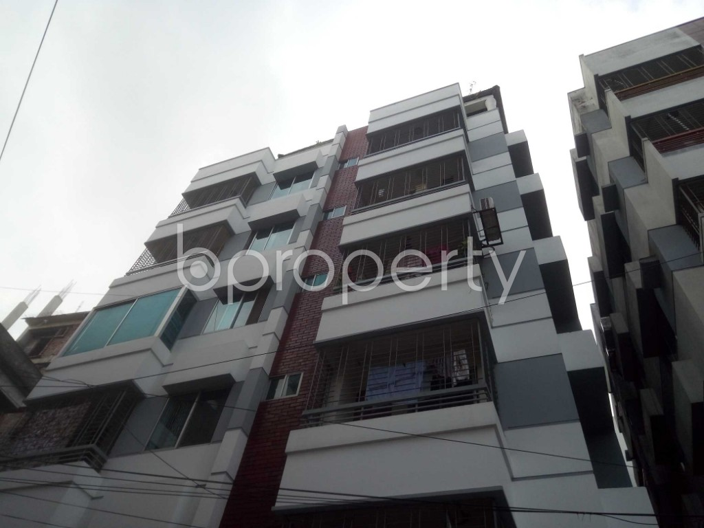 Outside view - 3 Bed Apartment to Rent in Baridhara, Dhaka - 1923627