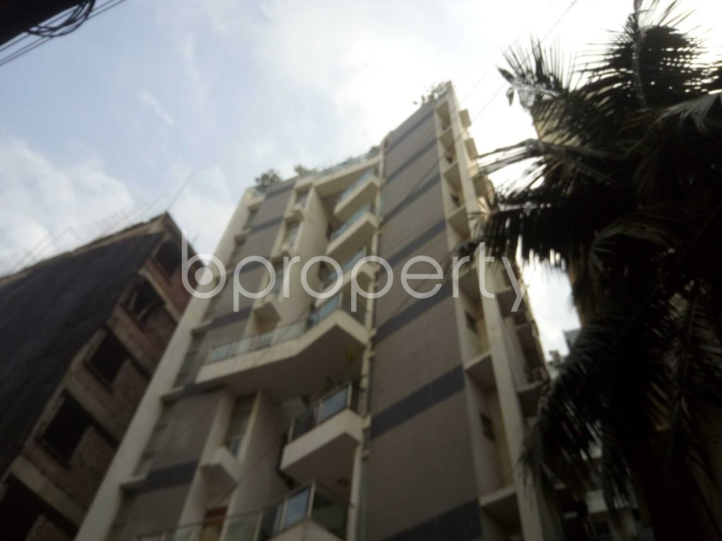 Outside view - 3 Bed Apartment to Rent in Baridhara, Dhaka - 1923628