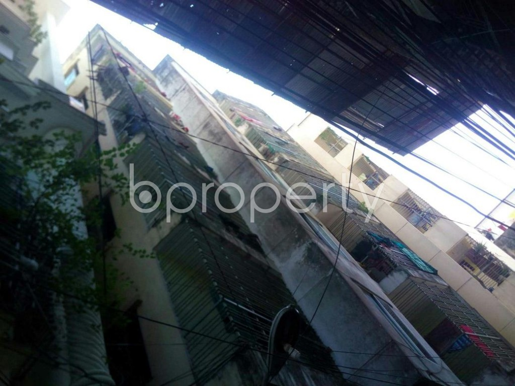 Front view - 2 Bed Apartment to Rent in 16 No. Chawk Bazaar Ward, Chattogram - 1924458