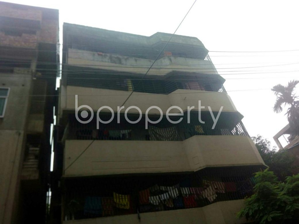 Front view - 3 Bed Apartment to Rent in 16 No. Chawk Bazaar Ward, Chattogram - 1924464