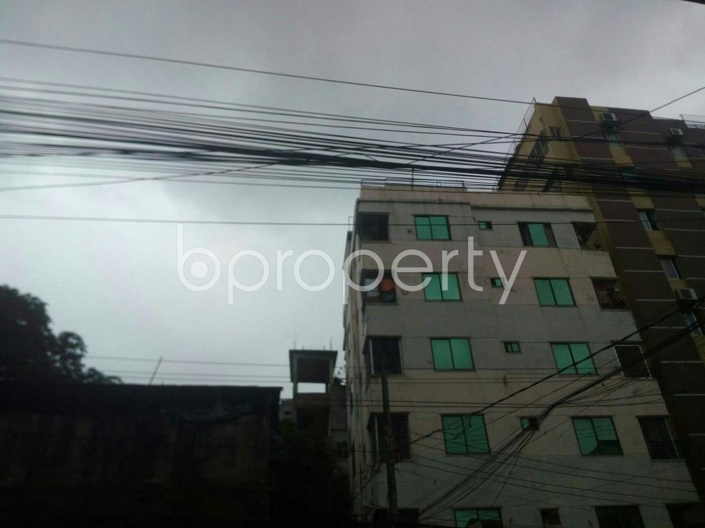 Front view - 4 Bed Apartment to Rent in 16 No. Chawk Bazaar Ward, Chattogram - 1924491
