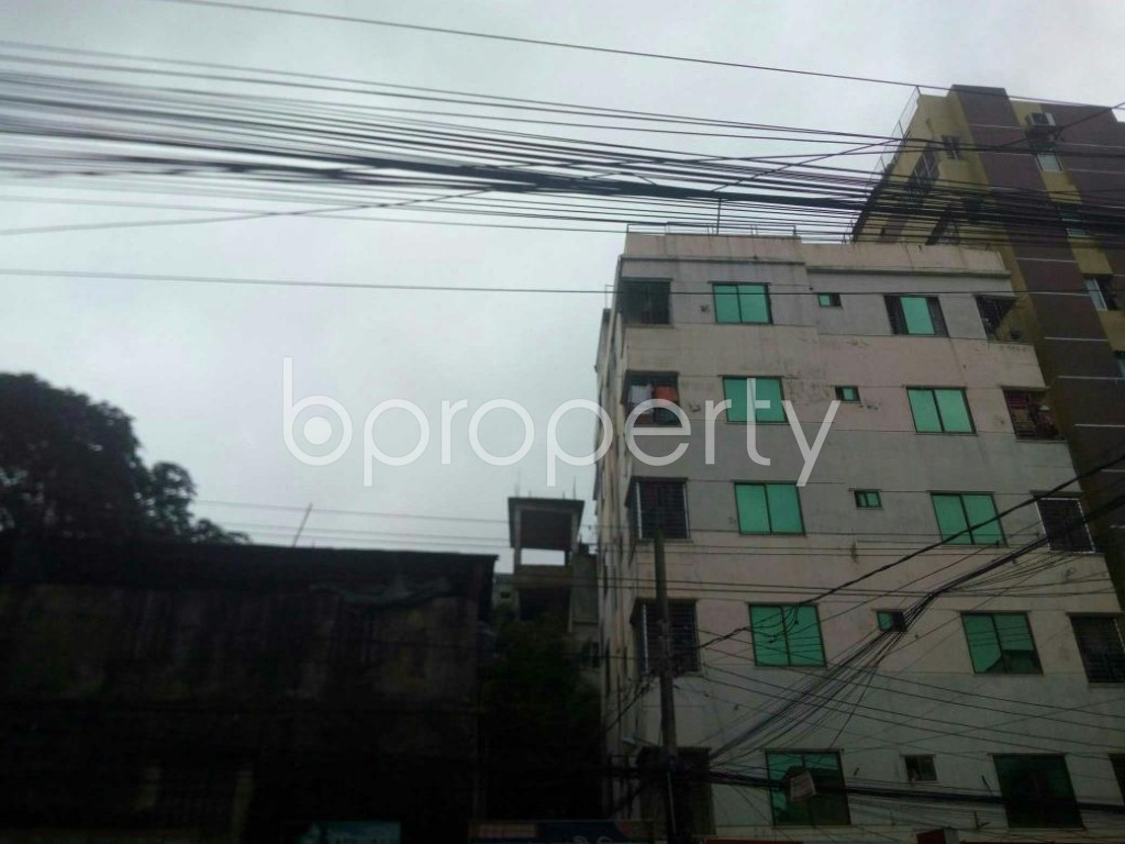 Front view - 2 Bed Apartment to Rent in 16 No. Chawk Bazaar Ward, Chattogram - 1924493