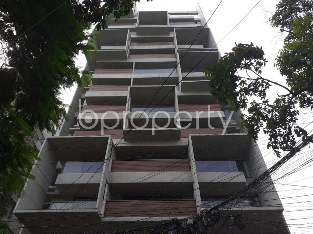 Front view - 4 Bed Apartment for Sale in Gulshan, Dhaka - 1924678