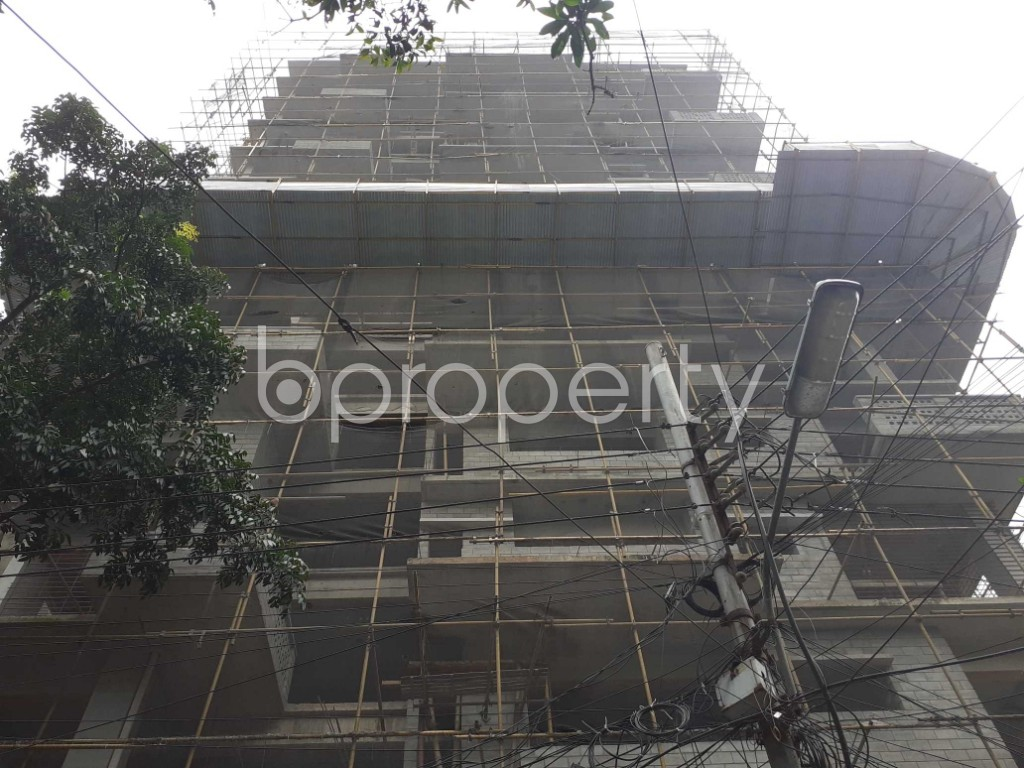 Front view - 4 Bed Apartment for Sale in Gulshan, Dhaka - 1925100