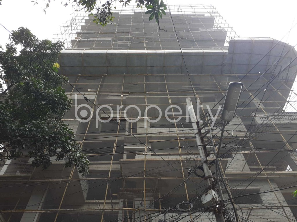 Front view - 4 Bed Apartment for Sale in Gulshan, Dhaka - 1925104