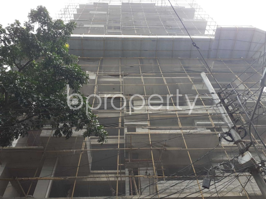 Front view - 4 Bed Apartment for Sale in Gulshan, Dhaka - 1925105