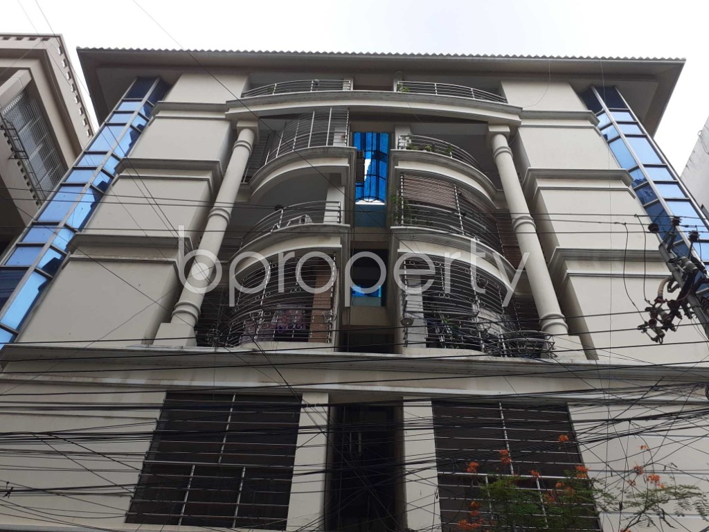 Front view - 4 Bed Apartment for Sale in Gulshan, Dhaka - 1925202