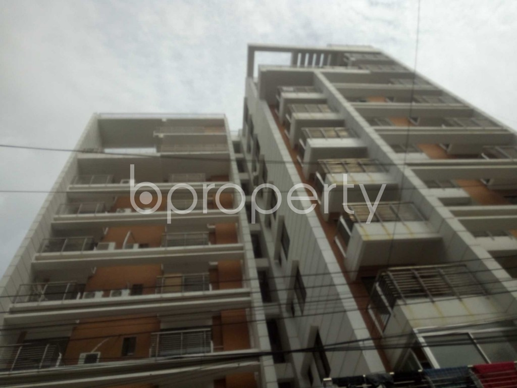 Outside view - 3 Bed Apartment to Rent in Baridhara, Dhaka - 1924931