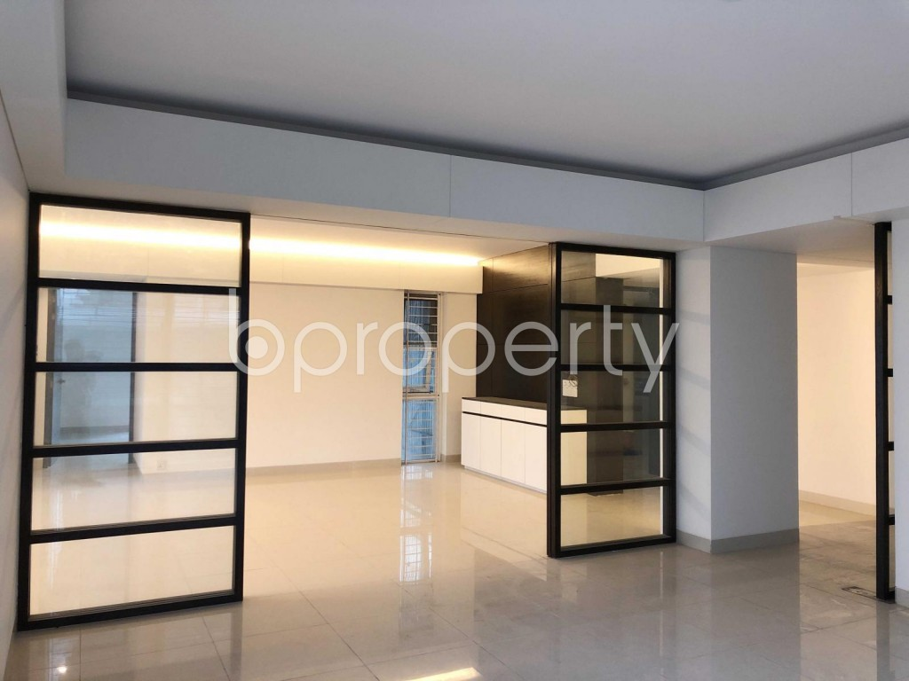 Empty Room - 3 Bed Apartment to Rent in Dhanmondi, Dhaka - 1917722