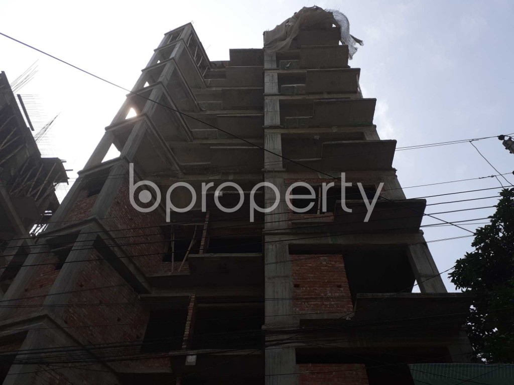 Front view - 3 Bed Apartment for Sale in Bashundhara R-A, Dhaka - 1925820