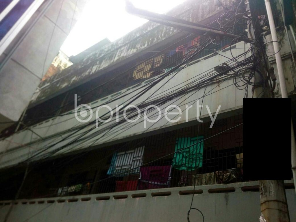 Outside view - 2 Bed Apartment to Rent in 16 No. Chawk Bazaar Ward, Chattogram - 1926005