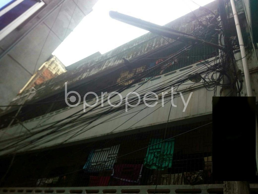Front view - 2 Bed Apartment to Rent in 16 No. Chawk Bazaar Ward, Chattogram - 1926011