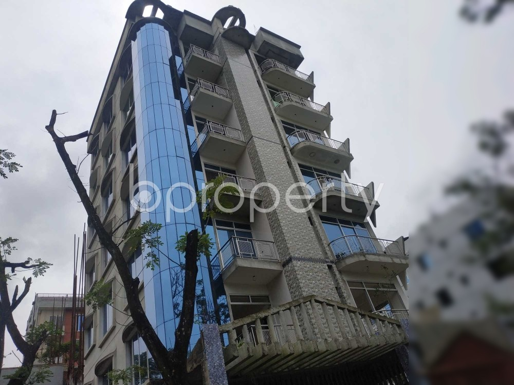 Front view - 3 Bed Apartment for Sale in Bashundhara R-A, Dhaka - 1926048