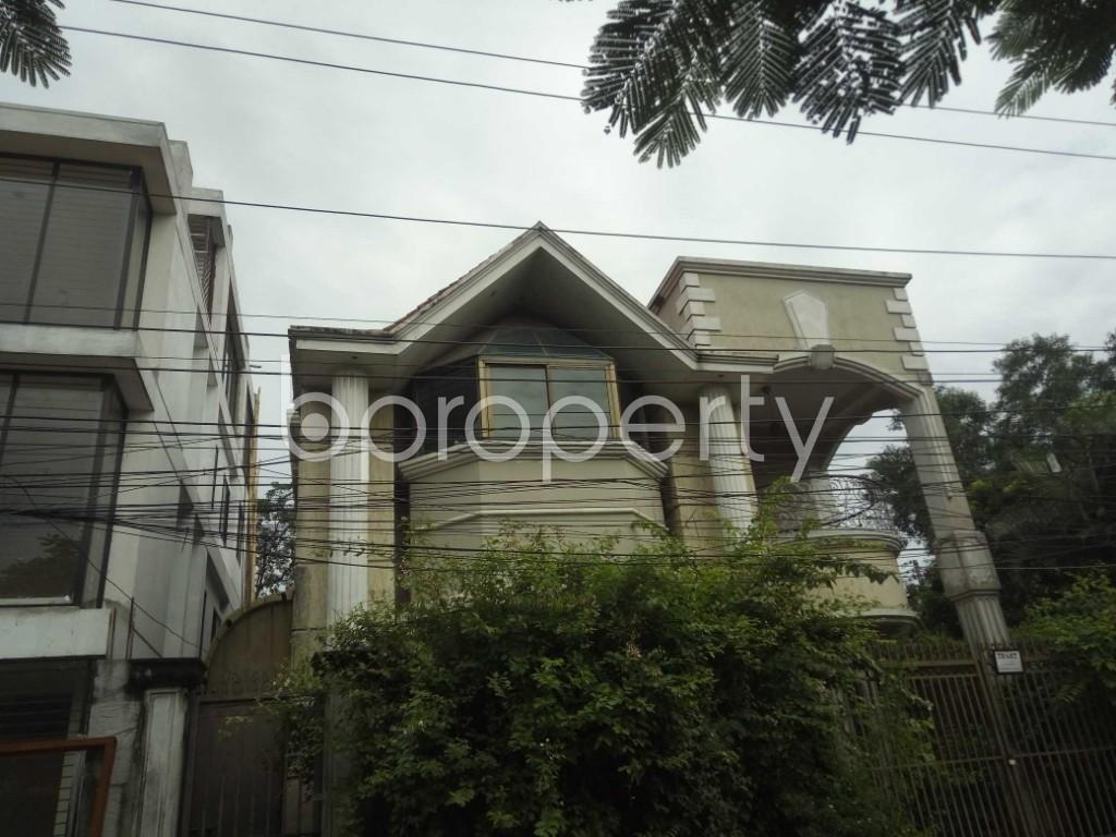 Outside view - 3 Bed Duplex to Rent in Nikunja, Dhaka - 1926495
