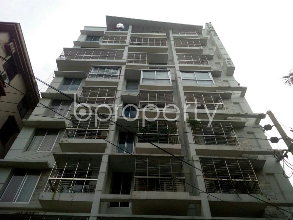 Front view - 4 Bed Apartment for Sale in Banani, Dhaka - 1926528