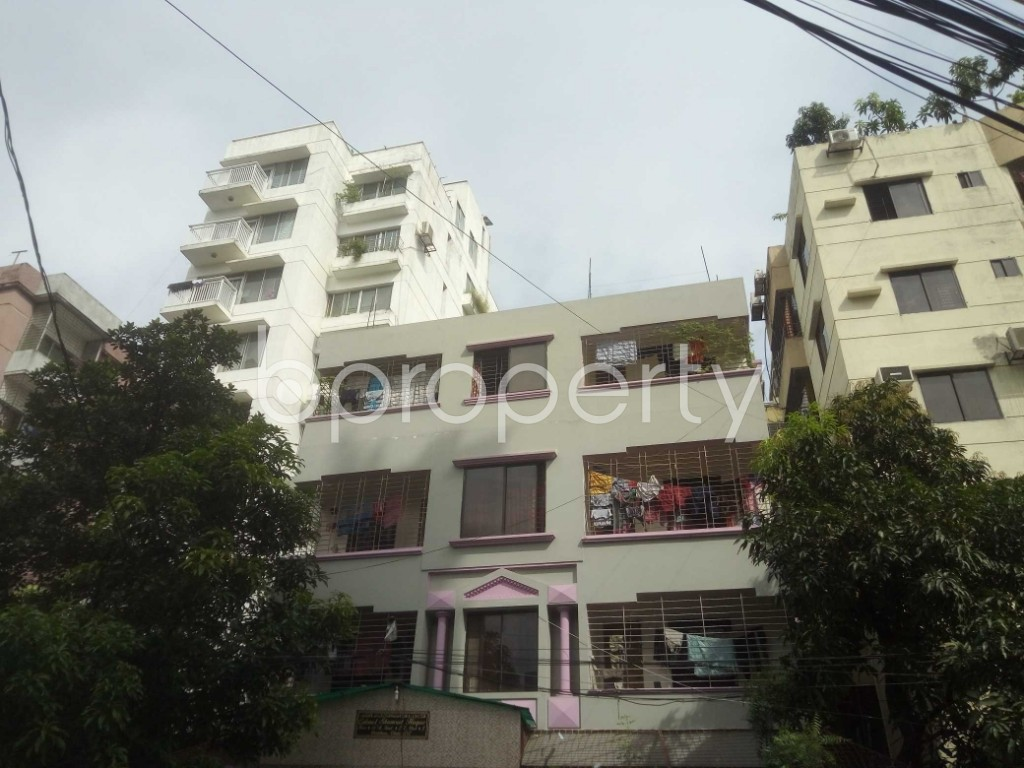 Outside view - 3 Bed Apartment to Rent in Baridhara, Dhaka - 1926642