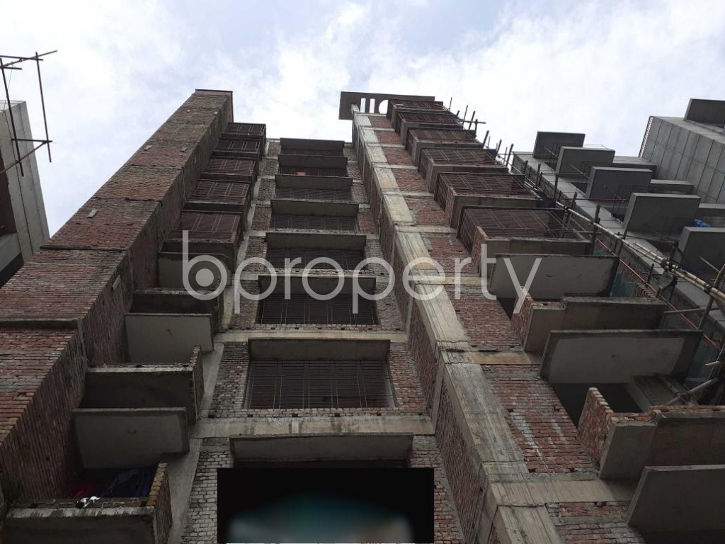 Front view - 2 Bed Apartment for Sale in Bashundhara R-A, Dhaka - 1926996