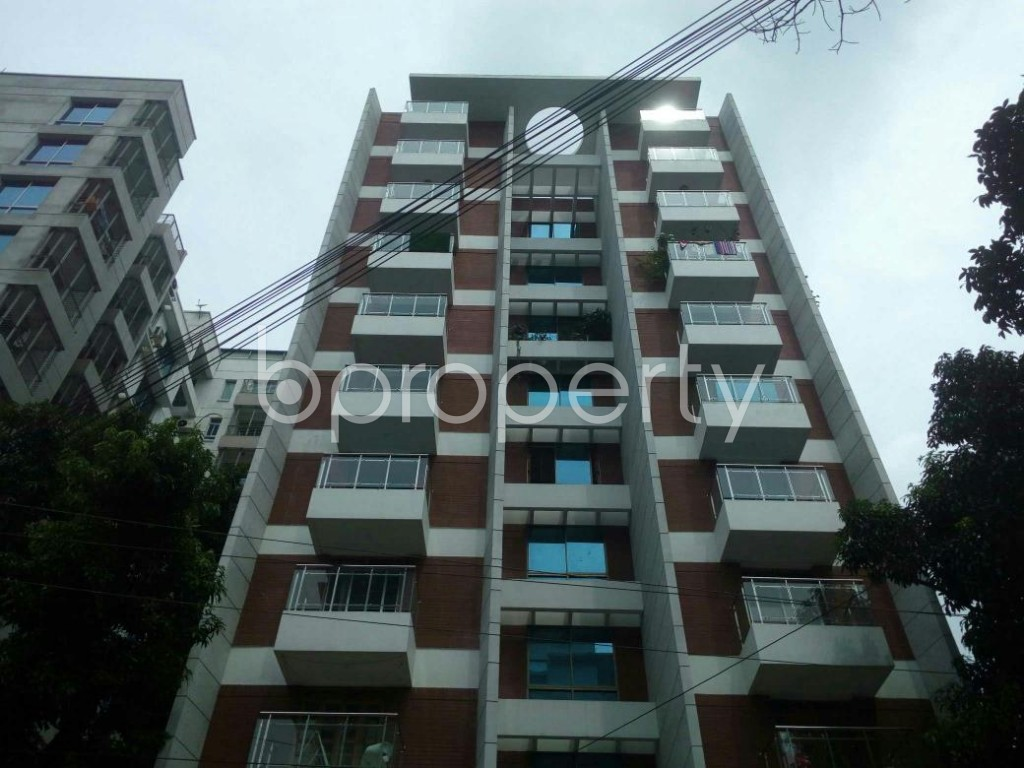 Front view - 3 Bed Apartment for Sale in Banani, Dhaka - 1927440