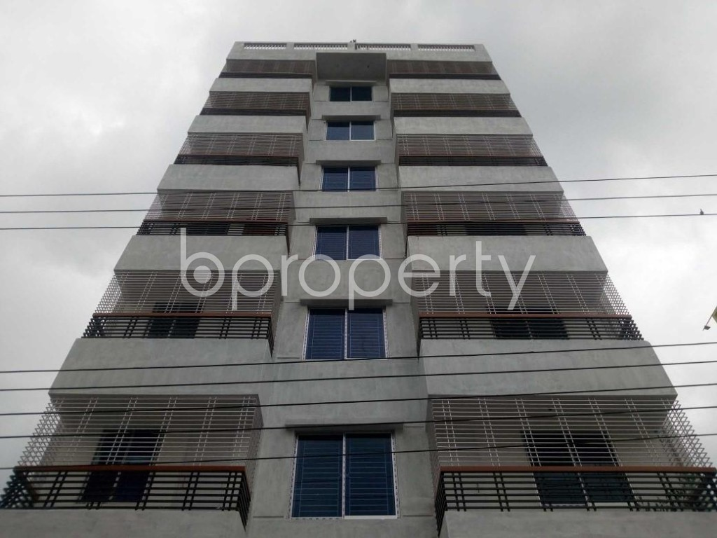 Front view - 3 Bed Apartment to Rent in Aftab Nagar, Dhaka - 1927622