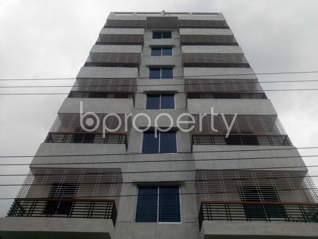 Front view - 3 Bed Apartment to Rent in Aftab Nagar, Dhaka - 1927625