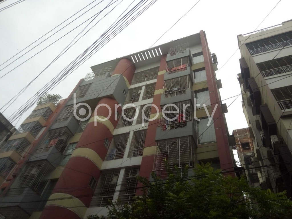 Outside view - 2 Bed Apartment to Rent in Baridhara, Dhaka - 1927747