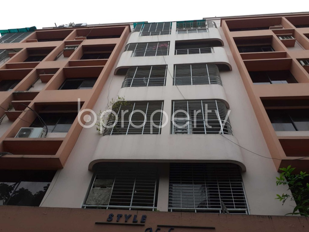 Front view - 4 Bed Apartment for Sale in Gulshan, Dhaka - 1927749