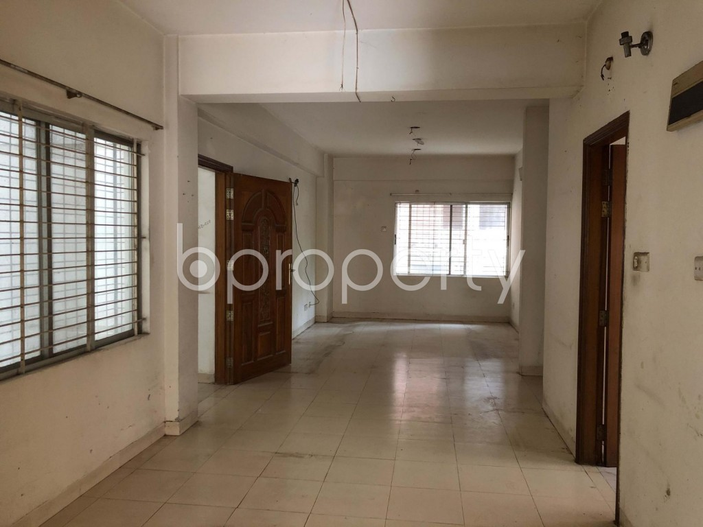 Empty Room - 3 Bed Apartment for Sale in Dhanmondi, Dhaka - 1924317