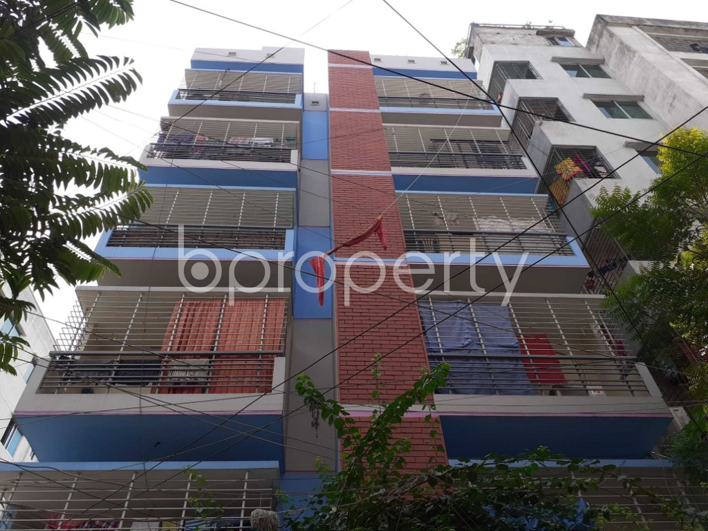 Front view - 3 Bed Apartment for Sale in Mohammadpur, Dhaka - 1928003