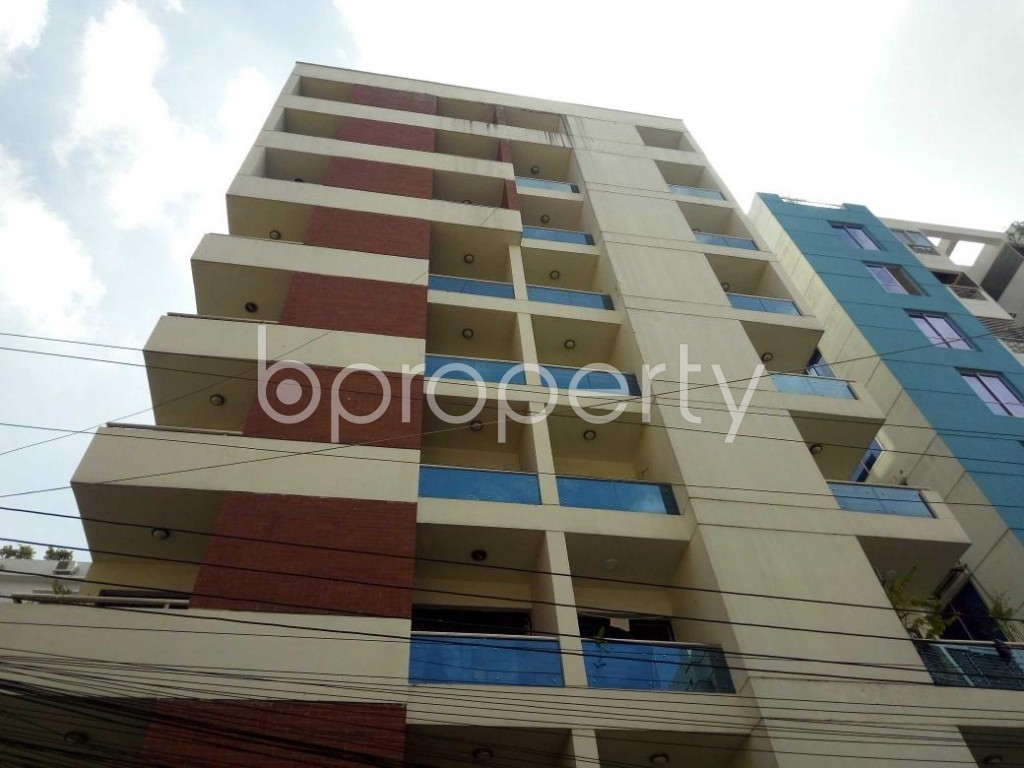 Front view - 3 Bed Apartment for Sale in Bashundhara R-A, Dhaka - 1928788