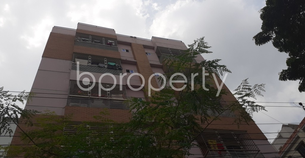 Front view - 3 Bed Apartment to Rent in Bashundhara R-A, Dhaka - 1928909