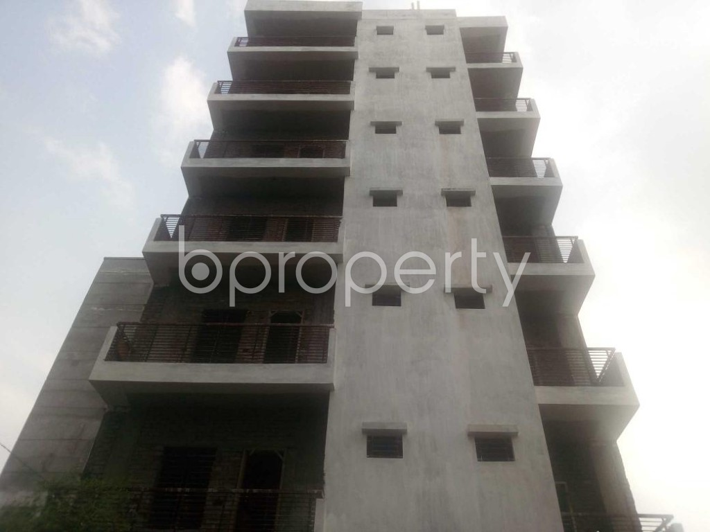 Front view - 3 Bed Apartment for Sale in Aftab Nagar, Dhaka - 1929365