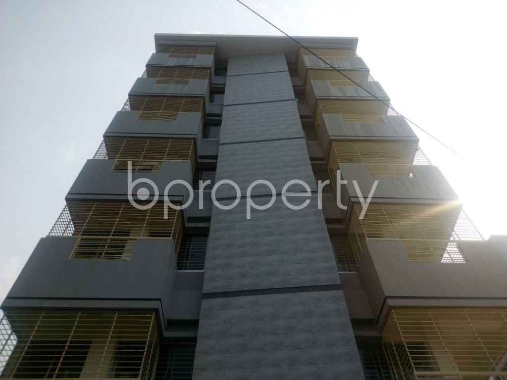 Front view - 3 Bed Apartment to Rent in Aftab Nagar, Dhaka - 1929372