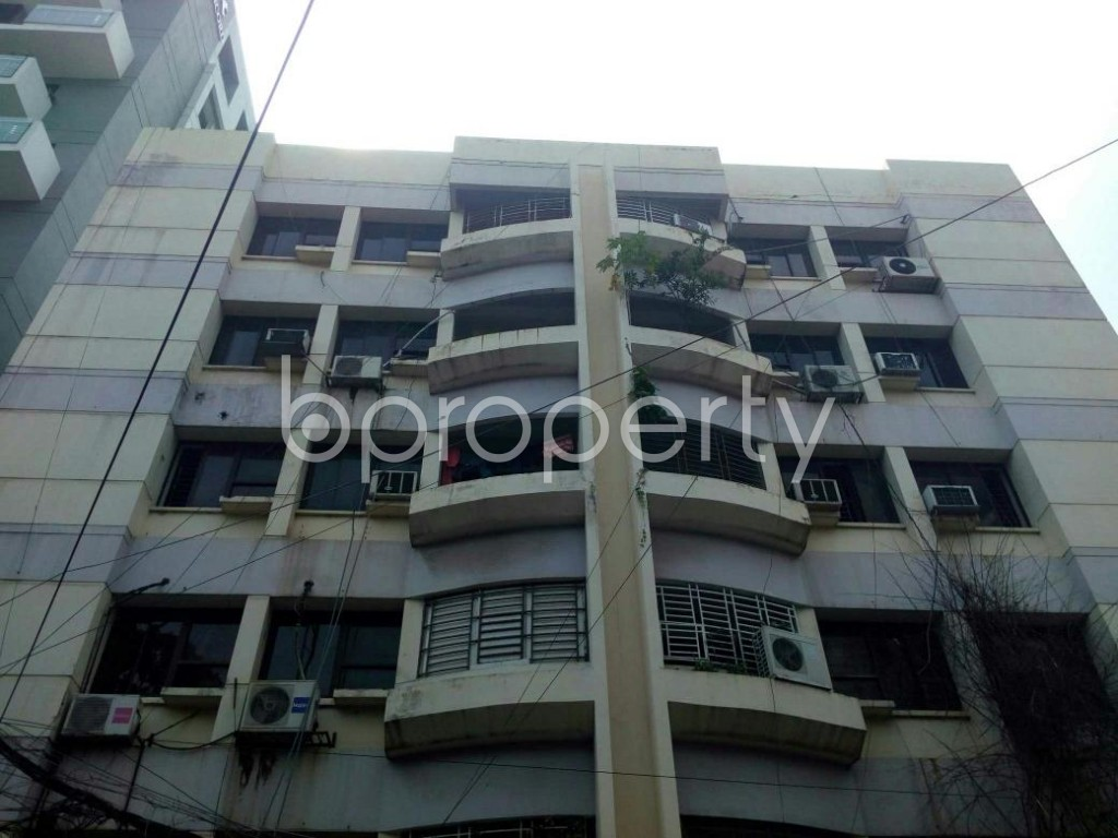 Front view - 3 Bed Apartment for Sale in Banani, Dhaka - 1929630