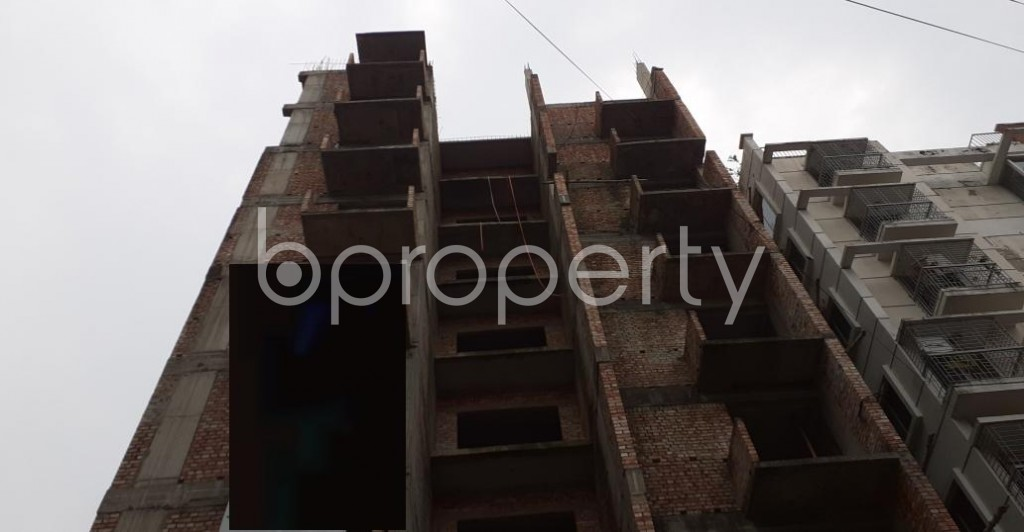 Front view - 3 Bed Apartment for Sale in Bashundhara R-A, Dhaka - 1929677