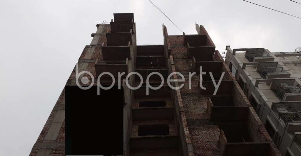 Front view - 3 Bed Apartment for Sale in Bashundhara R-A, Dhaka - 1929678