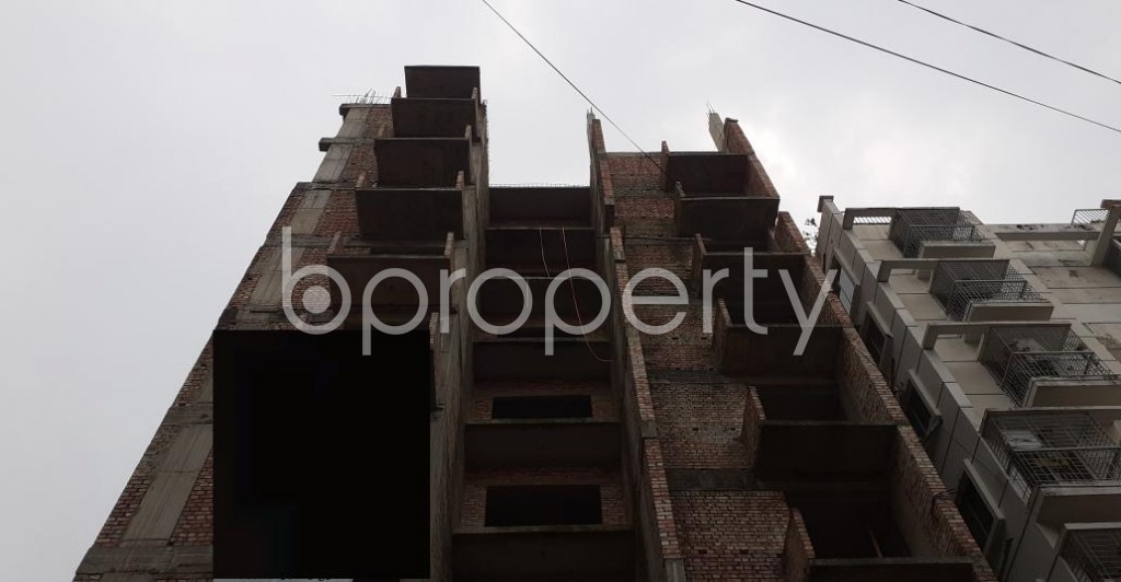 Front view - 3 Bed Apartment for Sale in Bashundhara R-A, Dhaka - 1929679
