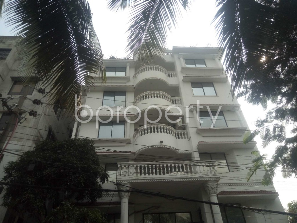 Outside view - 4 Bed Apartment to Rent in Baridhara, Dhaka - 1930067