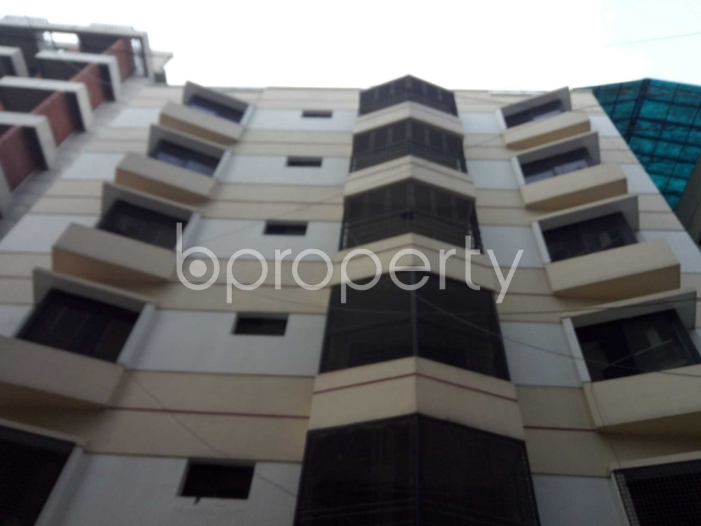 Outside view - 3 Bed Apartment for Sale in Banani, Dhaka - 1930181