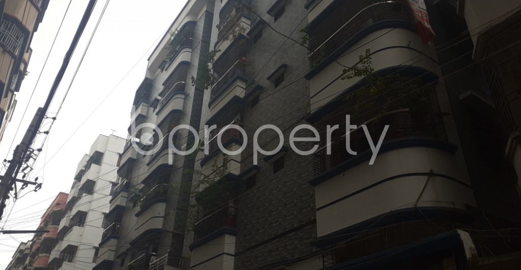 Front view - 3 Bed Apartment to Rent in Mohammadpur, Dhaka - 1930248